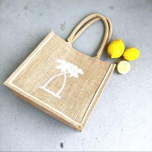 Handbags - Summer Vacation Chic Straw Tote Bag!